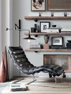 Retro and vintage interiors. retro and vintage interiors mens bedroom Masculine Interior, Masculine Bedrooms, Masculine Office Decor, Masculine Apartment, Masculine Room, Male Office Decor, Vintage Interiors, Home And Deco, Home Decor Bedroom