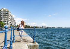 Nea Paralia Thessaloniki - Greece Alexander The Great Statue, Greek Girl, Big Town, Thessaloniki, Greek Islands, Listening To Music, Athens, New York Skyline, Cool Pictures