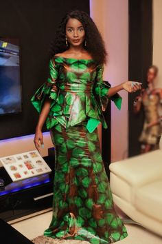 latest ankara styles that rains in this week African Prom Dresses, Latest African Fashion Dresses, African Print Fashion, Africa Fashion, African Dress, Afro, African Models, African Traditional Dresses, African Attire