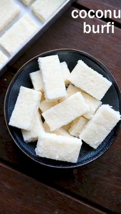 Coconut Barfi Recipe, Coconut Burfi, Burfi Recipe, Chaat Recipe, Coconut Sugar Recipes, Recipe With Coconut, Dry Coconut, Coconut Cream, Fudge Recipes
