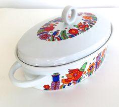 Royal Crown Porcelain Ovenware Paradise Casserole by VintageCommon