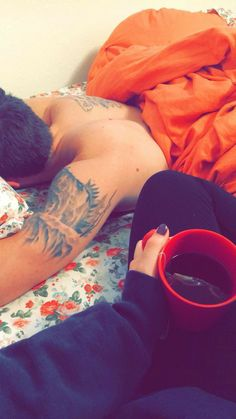 mornings with you Grunge Photography, Girl Photography Poses, Relationship Goals Pictures, Cute Relationships, Friend Pictures, Couple Pictures, Cute Couples Goals, Couple Goals, Hot Guys Smoking