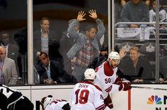 Cuba Gooding Jr. likes hockey!