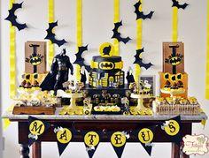 Batman Birthday Party via Kara's Party Ideas Batgirl Party, Lego Batman Party, Batman Birthday, Superhero Birthday Party, 6th Birthday Parties, Boy Birthday, Birthday Ideas, Birthday Decorations, Theme Mickey