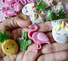 . . . . #tropical #unicornio #flamingo #abacaxi