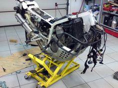 Honda Africa Twin RD04 rebuild adventure motorbike, rally motorbike, HTR.com.pl