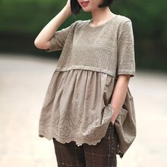 ^ Quick and easy update when you are ready to wear something that at least feels new and you're trying to not spend until the holidays. Sewing Clothes, Diy Clothes, Clothes For Women, Hijab Fashion, Boho Fashion, Fashion Dresses, Refashioning, Fashion Sewing, Linen Dresses