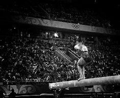 (gif of Yang Yilin's Onodi+BHS+back tuck) Aerial Gymnastics, Gymnastics Skills, Gymnastics Flexibility, Amazing Gymnastics, Gymnastics Videos, Gymnastics Posters, Gymnastics Workout, Gymnastics Pictures, Artistic Gymnastics