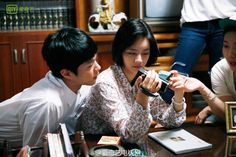 park bogum in reply 1998 ✧ unreleased photos thank you, qiyi tv.