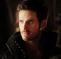 #OUAT  - Hook - 100% pirate mode ....that sexy smile