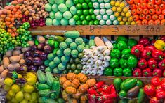There are actually huge differences between organic and conventional fruits and vegetables. And they have a big impact on your health and on the planet.