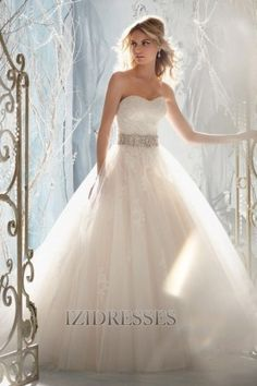 Ball Gown Strapless , Sweetheart Tulle Lace Wedding Dress - IZIDRESSES.com