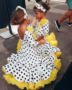 Fiesta Outfit, Ballet Kids, Latin Ballroom Dresses, Girls Dresses, Flower Girl Dresses, Western Dresses, Pageant, Argentine Tango, Costumes