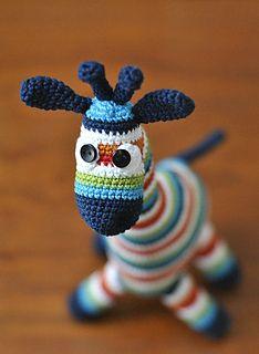 Giraff small crochet Tutorial ♡ Teresa Restegui http://www.pinterest.com/teretegui/ ♡
