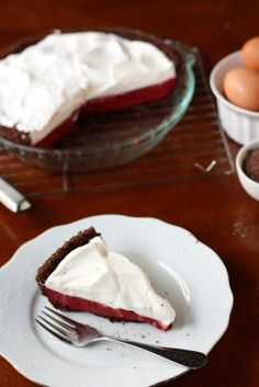 red velvet pudding pie...just in time for Valentine's Day.  I have a weakness for all things red velvet :)