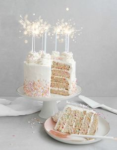 Vegan funfetti cake recipe - The Best Homemade Baby Recipes Vegan Funfetti Cake Recipe, Vegan Cake, Vegan Desserts, Vegan Recipes, Vegan Fondant Recipe, Vegan Food, Desserts Caramel, Vegan Vanilla Cake, Vegetarian Cake