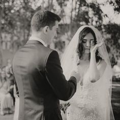 #fearlessphotographer #romantic #minimalist #wide #bride #love #blue #weddingdress #bridal #hautecouture #instafashion #instagood #weddingmakeup #weddingservice #instabride #instawedding #instamakeup #instabeauty #weddinginspire