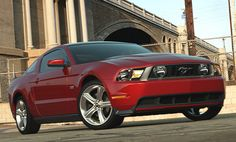 2010 Ford Mustang Photos