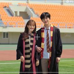 Drama Korea, Korean Drama, Movie Couples, Cute Couples, Teen Web, Teen Images, Web Drama, Lee Sung Kyung, Kdrama Memes
