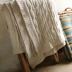 Plaid Torsade en laine d'agneau 2 couleurs Nkuku