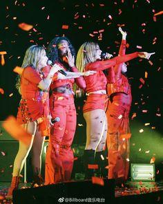 Fifth Harmony on stage (via Billboard Radio China on Weibo) #727TourHongKong