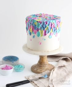 A great tutorial on how to make a painted buttercream cake by sugar and sparrow cakedecorating cake frosting buttercream Pretty Cakes, Cute Cakes, Beautiful Cakes, Amazing Cakes, Food Cakes, Cupcake Cakes, Cake Smash Cakes, Smash Cake Girl, Sweets Cake