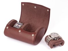 Travel & Storage Watch Case - Watch Roll for 2 Watches - Travel Watch Box - Smooth Natural Leather - Men's Gift - BROWN Fitness Watches For Women, Watches For Men, Watch Storage, Leather Watch Box, Unique Gifts For Men, Watch Case, Jewellery Storage, Natural Leather, Sport Watches