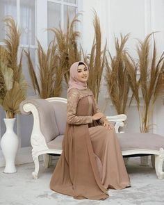 Dress Muslim Modern, Muslim Gown, Kebaya Muslim, Hijab Gown, Hijab Dress Party, Hijab Dp, Dress Brokat, Mermaid Bridesmaid Dresses, Batik Fashion