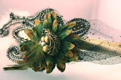 Elegant Victorian Bird Nest Rhinestone Flower Tulle Feather green gold silver Headband