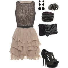Love this dress!!! Hmm, where could I wear this?