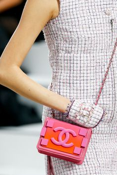 Chanel Spring 2014 Ready-to-Wear Collection