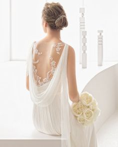 Lace Back Details with cowl, Rosa Clara Wedding Dresses 2018, Wedding Dress Trends, Wedding Dress Styles, Bridal Dresses, Vintage Bridal, Wedding Bridesmaids, Beautiful Gowns, Dream Dress, Bridal Collection