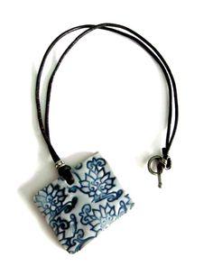 Flower Ceramic necklace