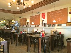 * #RESTAURANT MOOS If you are shopping on the Albert Cuyp market you can have a great breakfast or lunch at this place. Here you will hear the real Amsterdam music. It is located in the Pijp area on the Albert Cuyp market on Albert Cuypstraat 166, #Amsterdam.