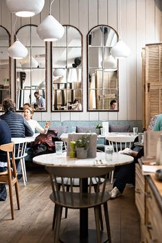 Brunch at No 11 Pimlico Road in Chelsea, London http://www.urbanpixxels.com/brunch-no-11-pimlico-road/