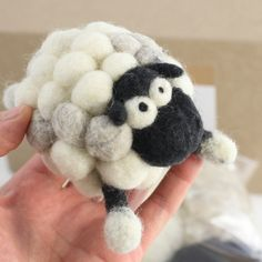 Are you a fan of the lovable and fantastical Woolbuddys? Well, this is your chance to try making one of your very own! This Woolbuddy kit comes with all the supplies you will need to make your own han Mais Needle Felting Tutorials, Needle Felting Kits, Needle Felted Animals, Wet Felting, Felt Animals, Sheep Crafts, Felt Crafts, Diy And Crafts, Fibre And Fabric