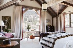 A Montana Lodge by Paul Bertelli and Markham Roberts Photos | Architectural Digest