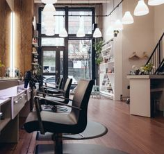 Our Localists-at-Large in Vancouver, Calgary, Toronto, Montreal and Halifax share their favourite places to get a cut, colour and blowout