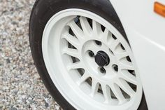 Rekordpreis für Allrad-Pionier: Bieterschlacht um Audi Sport Quattro - AUTO MOTOR UND SPORT Audi Quattro, Sport Quattro, Peugeot, Auto Motor Sport, Porsche, Vehicles, Rear Wheel Drive, Supercars, Gold