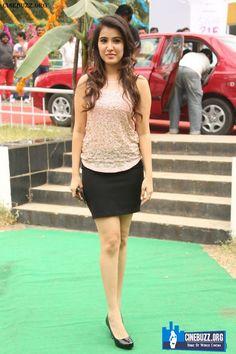 Hot and Sizzling Pics of Sheena Bajaj