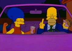 Cheers! | 22 Times Homer And Marge Simpson Gave Us Relationship Goals