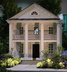 Georgetown Mansion Dog House