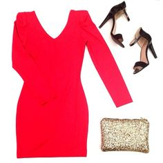 You can't go wrong with our EVA Dress! Pair it with a sparkly clutch & heels and you're ready to go!! Both the Eva Dress & Rockstar Clutch are available now at EsCloset.com xox
