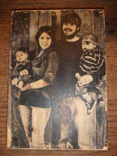 """Leuk om foto's vintage te maken en die op oud hout te """"plakken""""met mod podge.."""