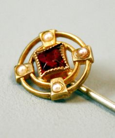 Antique Victorian Stick Pin Brooch 10K Gold Garnet by Laeclectica