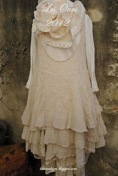 Heleine the dress,  Michele petticoat  Simonèle the teeshirt  Turlututu apron worn in a sling