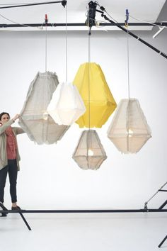 Interior design Lighting Lamp Shades - A selection of design fabric lamps in cotton and other materials, fabric lamps as a trend in home decor Diy Pendant Light, Pendant Lighting, Pendant Lamps, Diy Luminaire, Wooden Lampshade, Lamp Makeover, Cool Lighting, Lighting Stores, Lighting Ideas