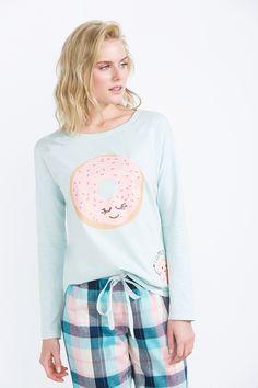 women'secret | Dulces sueños 30% | Pijama largo de franela de cuadros Cute Pajama Sets, Cute Pjs, Cute Pijamas, Night Wear Lingerie, Pijama Satin, Girls Pjs, Breastfeeding Dress, Cute Sleepwear, Pajama Outfits