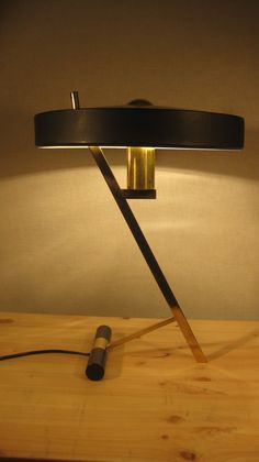 Philips Louis Kalff desk lamp free shipping par eddydesign sur Etsy, $650,00