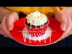 O red velvet é um cupcake com massa vermelha e cobertura de cream cheese. Nosso tutorial te ensina a fazer essa deliciosa sobremesa em poucos passos.